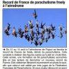 <b>Le Dauphiné libéré-11-08-14-Record de France de parachutisme Freely à l'aérodrome</b>